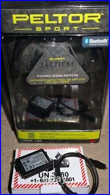 Peltor Tactical 500 Electronic Hearing Protector With Alpha 1100 Recharge Unit