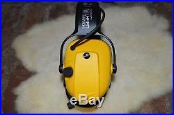 Sperian Bilsom Impact Electronic Muffs Adjustable Silence Ear Muffs EN352